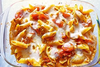 Cremiger Nudelauflauf mit Tomaten und Mozzarella 32