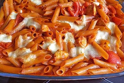 Cremiger Nudelauflauf mit Tomaten und Mozzarella 18