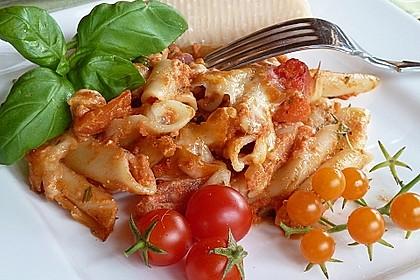 Cremiger Nudelauflauf mit Tomaten und Mozzarella 15