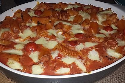 Cremiger Nudelauflauf mit Tomaten und Mozzarella 57