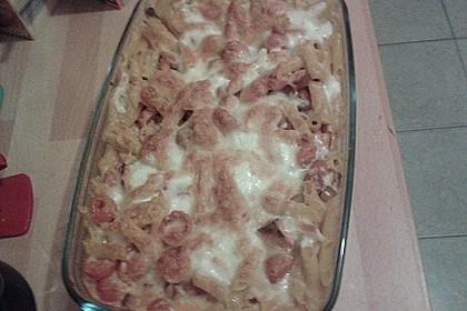 Cremiger Nudelauflauf mit Tomaten und Mozzarella 145