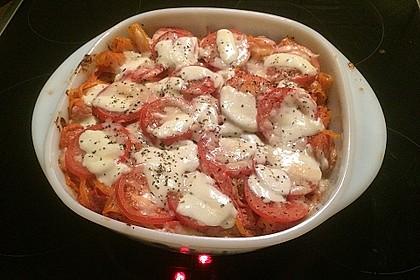 Cremiger Nudelauflauf mit Tomaten und Mozzarella 78