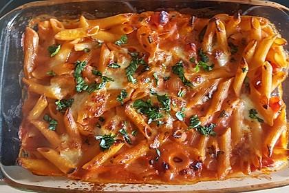 Cremiger Nudelauflauf mit Tomaten und Mozzarella 109