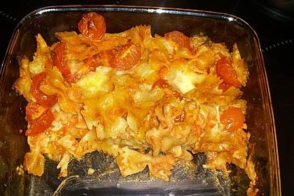 Cremiger Nudelauflauf mit Tomaten und Mozzarella 113