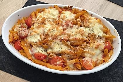 Cremiger Nudelauflauf mit Tomaten und Mozzarella 50