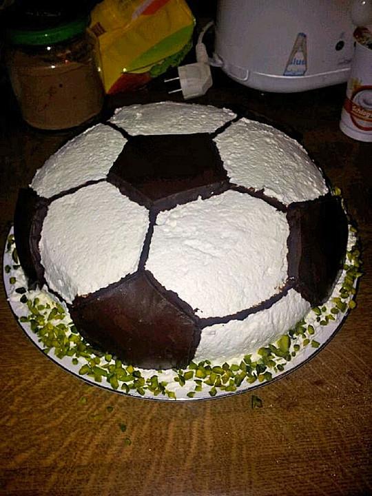 Fußball Torte Rezept : fu balltorte rezept mit bild von steffi 23 ~ Lizthompson.info Haus und Dekorationen