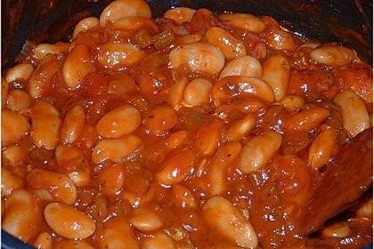 Griechische dicke weiße Bohnen in Tomatensoße