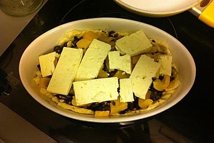 Tapas-Oliventarte auf dem Blech