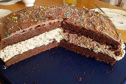 Kinderschokolade-Torte 25