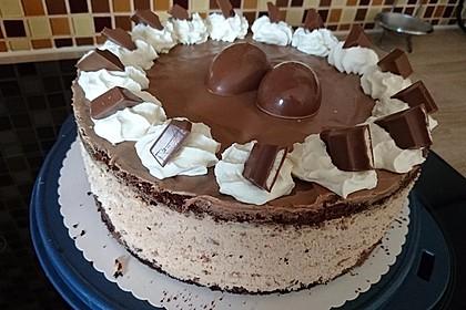 Kinderschokolade-Torte 32