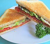 Fruchtiges Salami-Sandwich