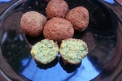 Schnelle Falafel aus Kichererbsenmehl 11