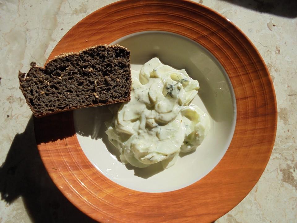 gurkensalat mit wasabi joghurt rezept mit bild von friaufeck. Black Bedroom Furniture Sets. Home Design Ideas