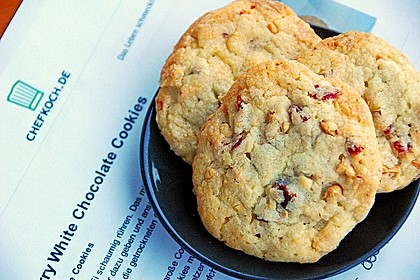 Cranberry White Chocolate Cookies 2