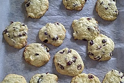 Cranberry White Chocolate Cookies 39