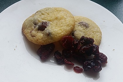 Cranberry White Chocolate Cookies 23