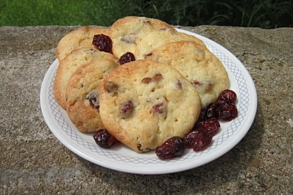 Cranberry White Chocolate Cookies 17