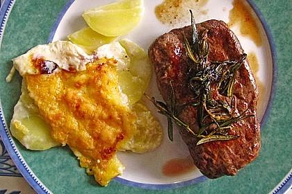 Rosmarin-Lamm mit Karamell-Wirsing