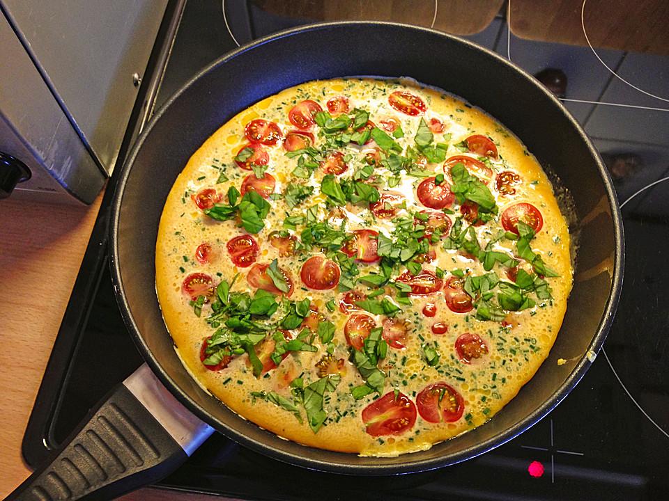 omelett mit tomaten und salami rezept mit bild von muckelman. Black Bedroom Furniture Sets. Home Design Ideas