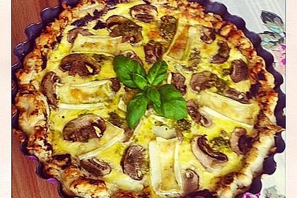 Blätterteig-Quiche mit Feta, Käse, Schinken, Champignons und Camembert 3