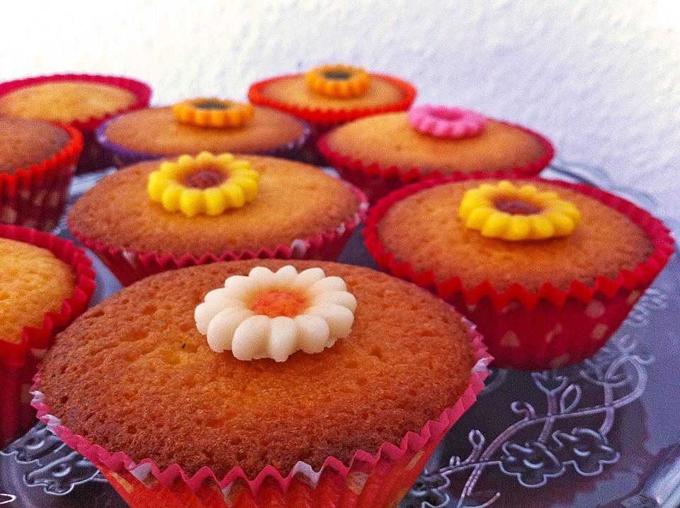 zitronen muffins rezept mit bild von kuchen fee blog. Black Bedroom Furniture Sets. Home Design Ideas