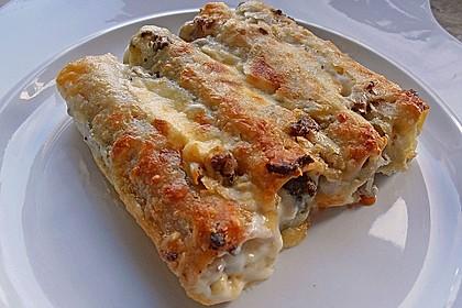Cannelloni mit Brokkoli-Champignon-Füllung