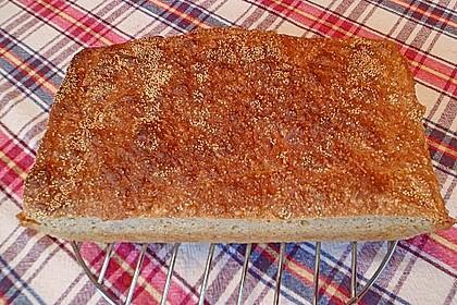Amaranth-Hirse-Dinkel-Brot 14