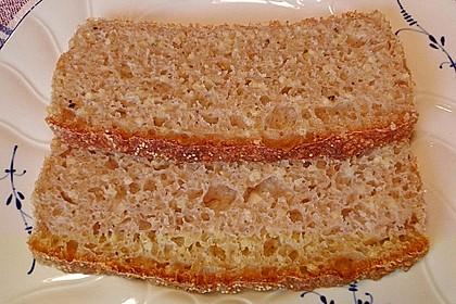 Amaranth-Hirse-Dinkel-Brot 13