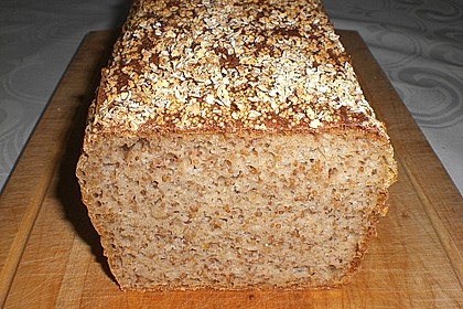 Amaranth-Hirse-Dinkel-Brot 2