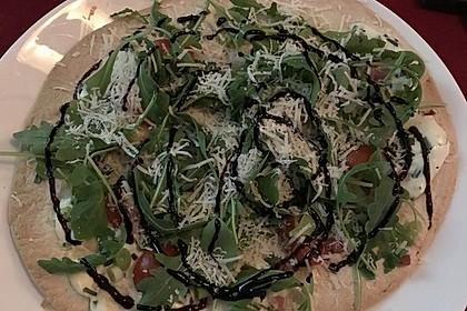 Flammkuchen mit Tortilla-Wrap 36