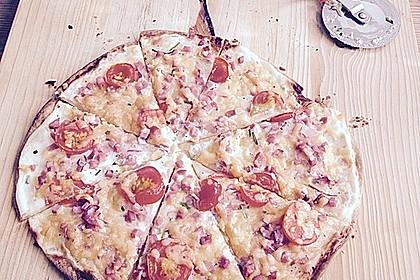 Flammkuchen mit Tortilla-Wrap 15