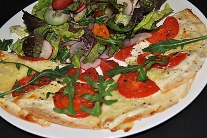 Flammkuchen mit Tortilla-Wrap 43