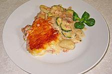Gnocchiauflauf mit Zucchini, Kochschinken und Tomate