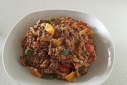 Hackfleischpfanne mit Tomaten und Gemüse 13