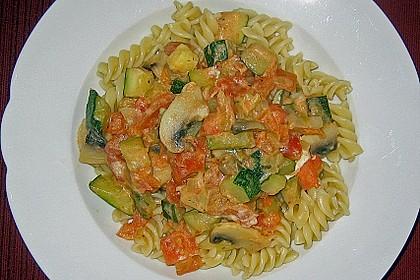 Bandnudeln mit Zucchini und Champignons 2