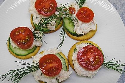 Cracker mit Räucherforellen - Mousse 1