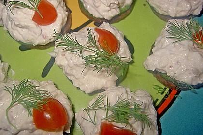 Cracker mit Räucherforellen - Mousse 15