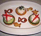 Cracker mit Räucherforellen - Mousse (Bild)