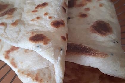 Indisches Naan Brot 51