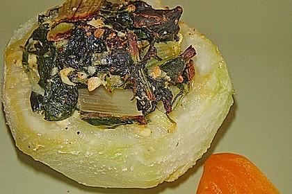 Kohlrabi gefüllt mit Spinat, Schafskäse und Schalotten 12