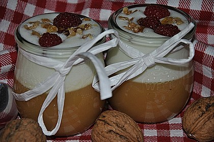 Leichtes Schichtdessert mit Apfelmus und Joghurt 11