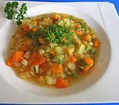 Einfache und superleckere Gemüsesuppe