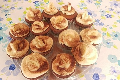 Banana-Split-Cupcakes 49