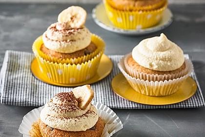 Banana-Split-Cupcakes 19