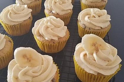 Banana-Split-Cupcakes 37
