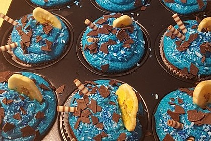 Banana-Split-Cupcakes 27