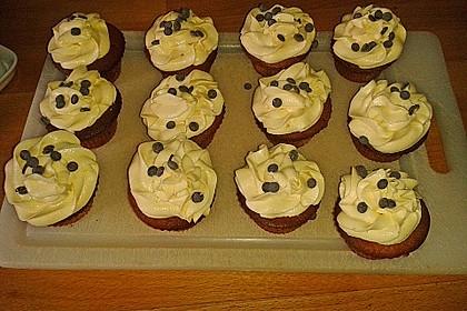 Banana-Split-Cupcakes 33