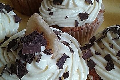 Banana-Split-Cupcakes 35
