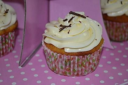 Banana-Split-Cupcakes 14