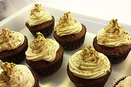 Banana-Split-Cupcakes 16